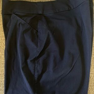 Chico's Travelers ankle pants size 2.5 (14-16)